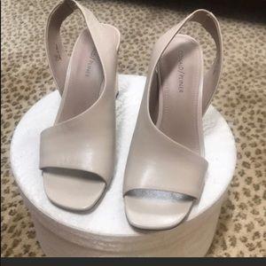 NWT Donald J. Pliner sandals